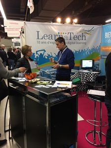 stand LearnaTech client